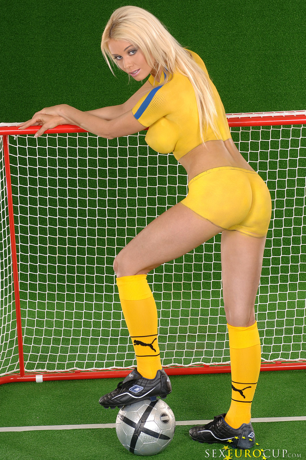 naked sexy soccer women