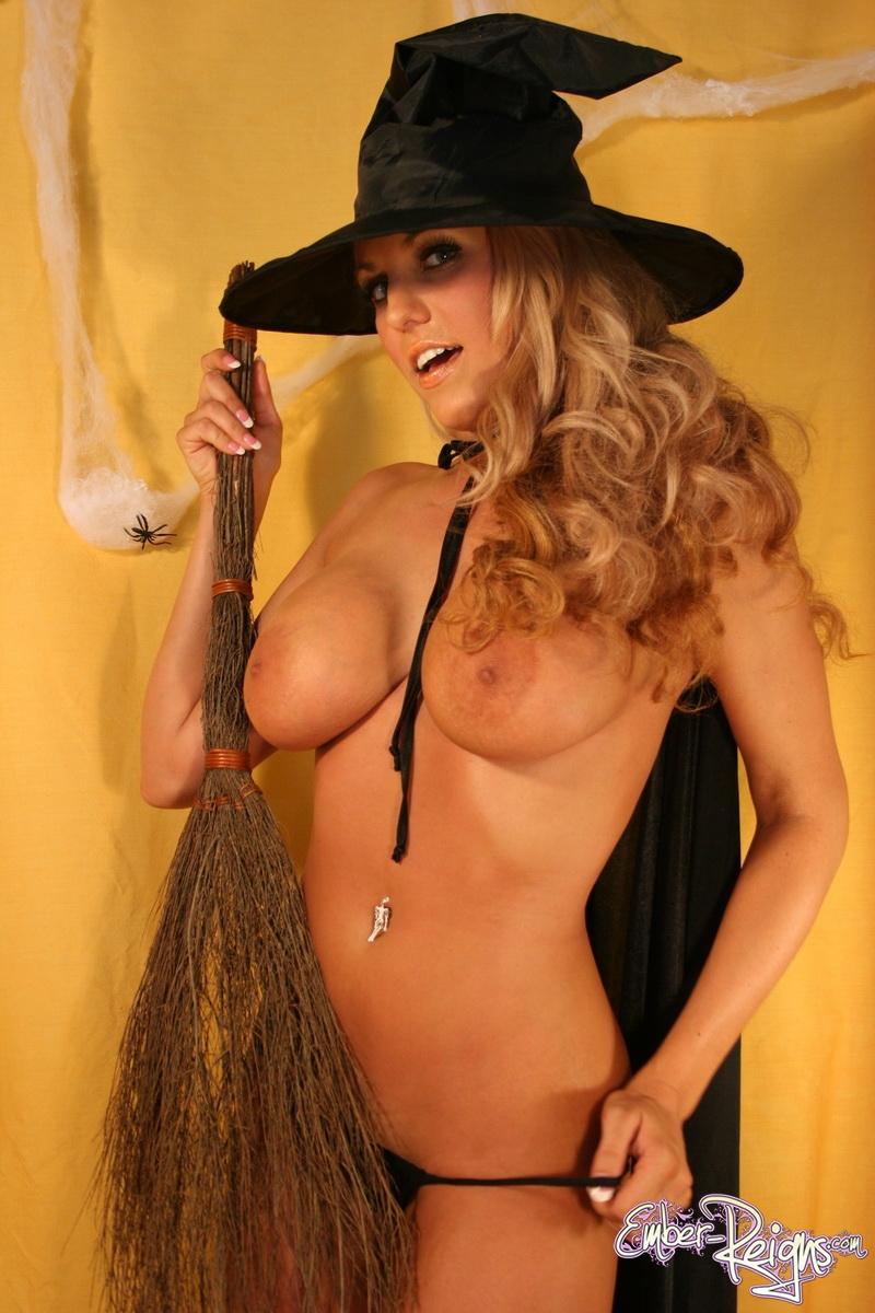 miranda cosgrove young nude