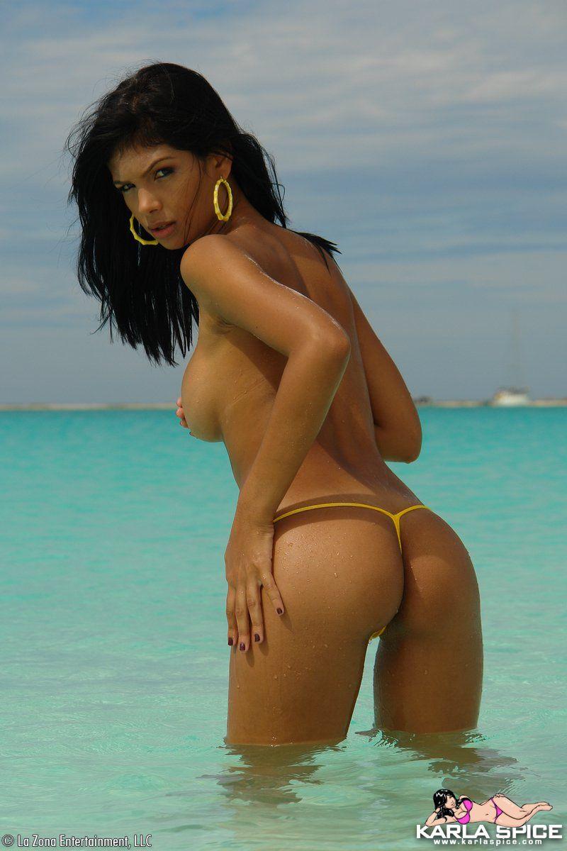 karla-spice-video-topless