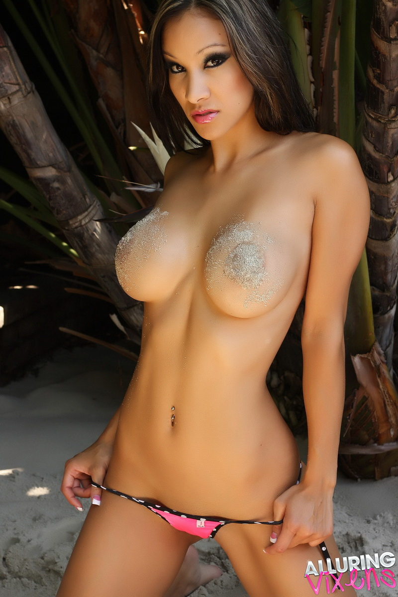 A big boobs women at group last molester train and lesbian 3